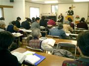 聖書や聖歌は教会にあるので、手ぶらでも大丈夫